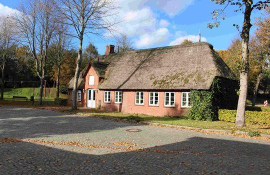 Kirchenhaus Stadum